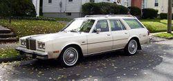 1980 Chrysler LeBaron Town & Country wagon